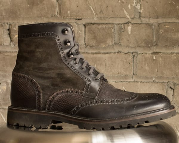 Commando sole gray wingtip boots by Magnanni