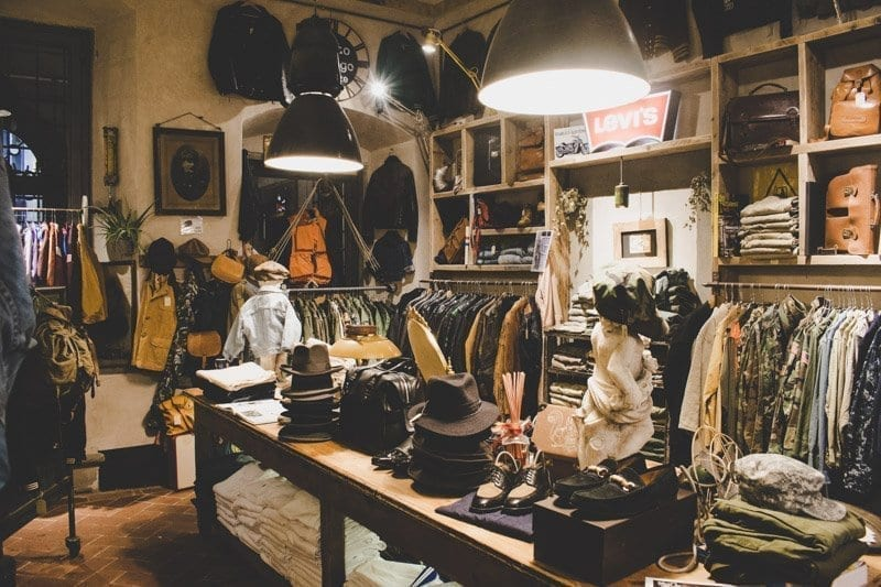 Momo vintage shop