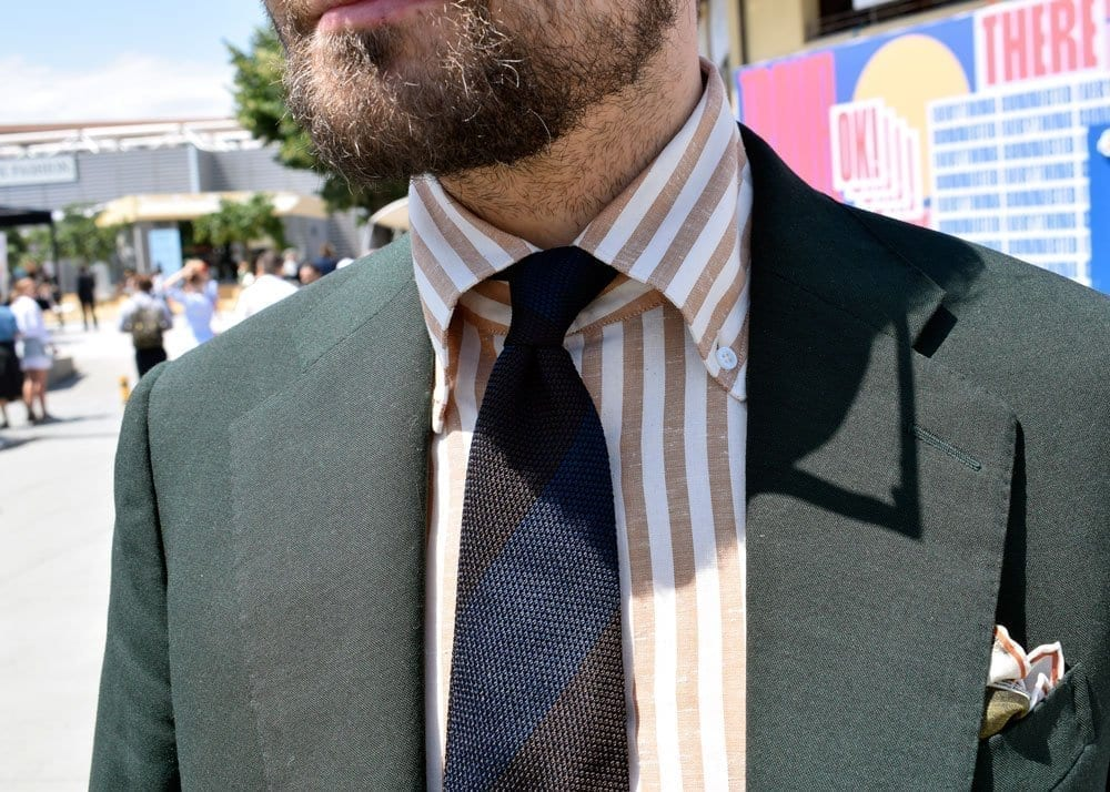 Tie, Collar